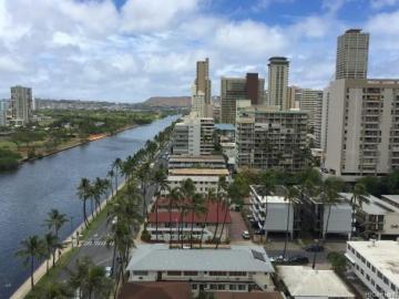 444 Niu St, Waikiki, HI