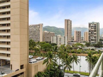 445 Kaiolu St unit #905, Waikiki, HI