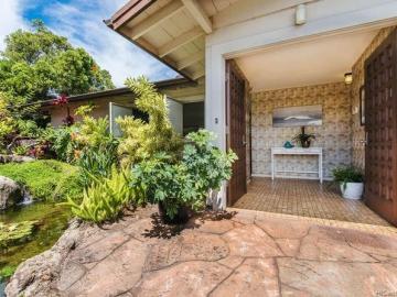 510 Ahina St Honolulu HI Home. Photo 3 of 21