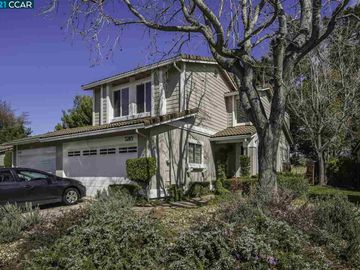 5285 Grasswood Ct, Pine Hollow, CA