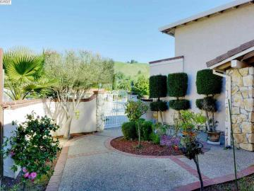 53 Valais Ct Fremont CA Home. Photo 4 of 40