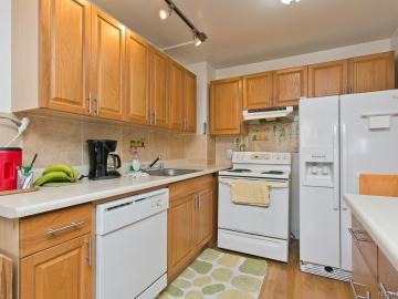 55 S Kukui St unit #D2011, Downtown, HI