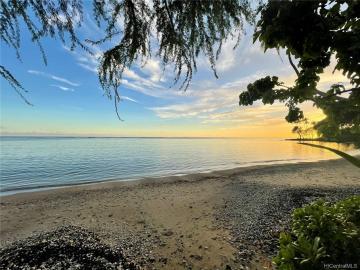 5535 Kalanianaole Hwy, Niu Beach, HI
