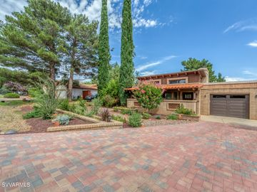 595 Bell Rock Blvd, Fairway Oaks, AZ