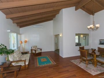 654 Lunalilo Home Rd, Mariners Cove, HI