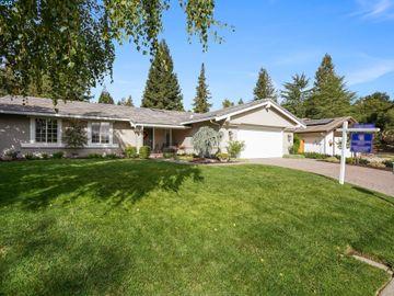 6710 Corte Sequnda, Tavan Estates, CA