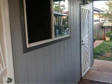 94-728 Loaa St Waipahu HI Home. Photo 2 of 12