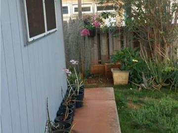 94-728 Loaa St Waipahu HI Home. Photo 4 of 12